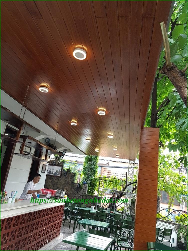 Ốp trần giả gỗ conwood tạo điểm nhấn tinh tế